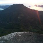 便石山・像の背001